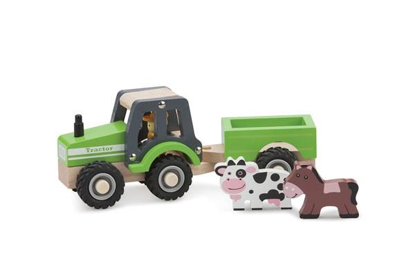 Traktor mit Anhänger und Tieren