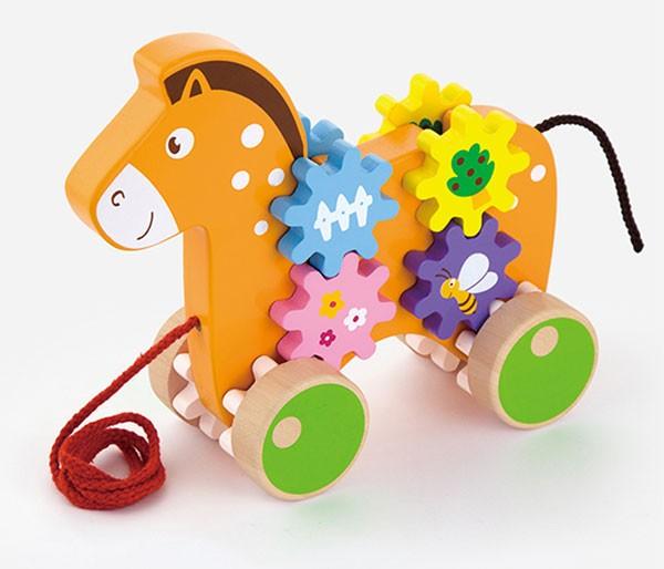 Ziehtier Pferd mit Zahnradspiel